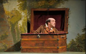 false bottom trunk for Twelfth night at UMass (photo jon crispin)
